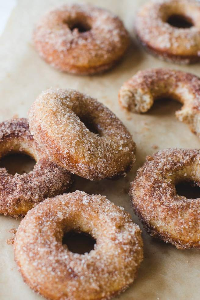 easy-apple-cinnamon-cider-donuts.jpg